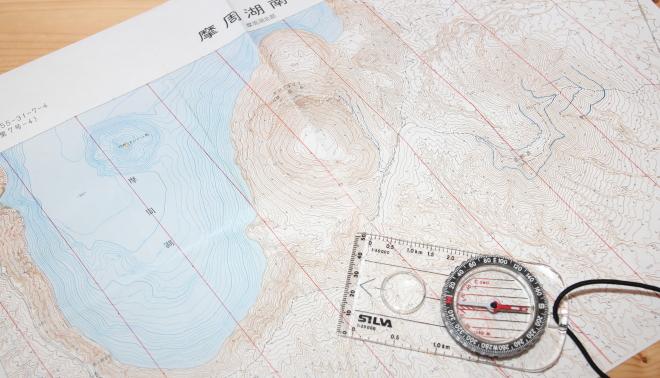 登山 地形図 コンパス