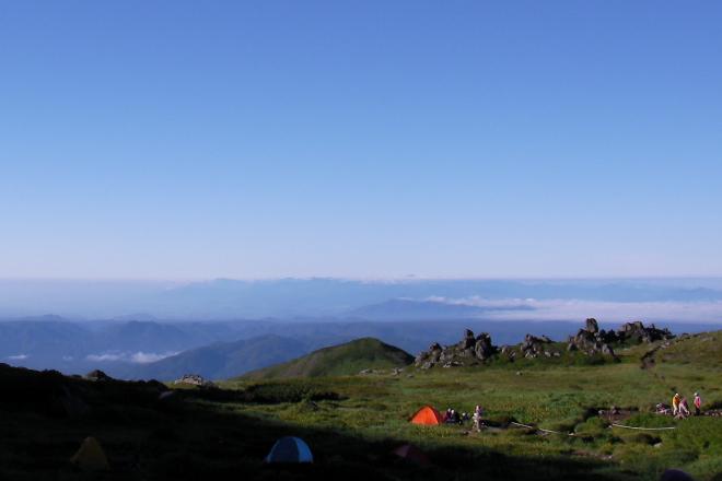 山の上でテント