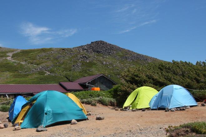 黒岳石室キャンプ指定地