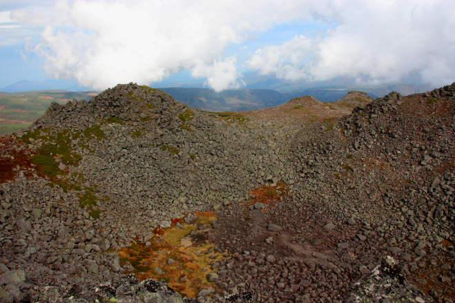 トムラウシ山火口