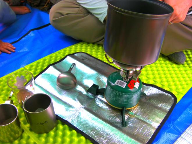 登山 飲料水煮沸