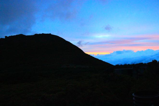 日の出の桂月岳