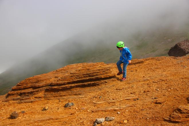 中岳付近の岩塊