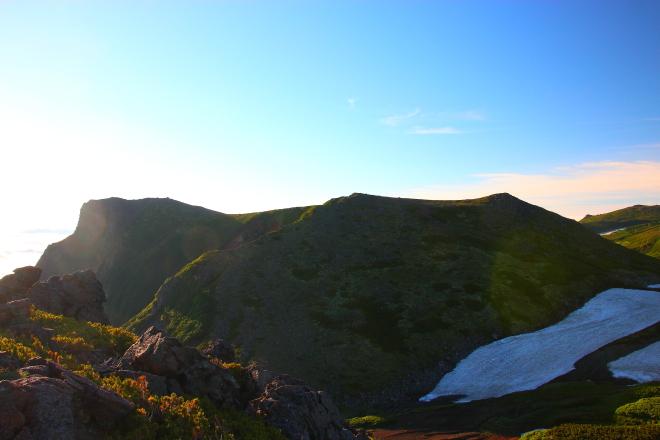 桂月岳から見た黒岳