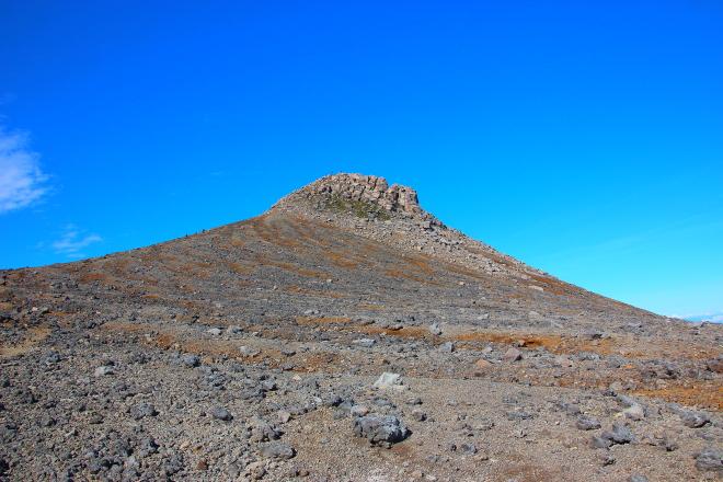 十勝岳山頂の溶岩ドーム